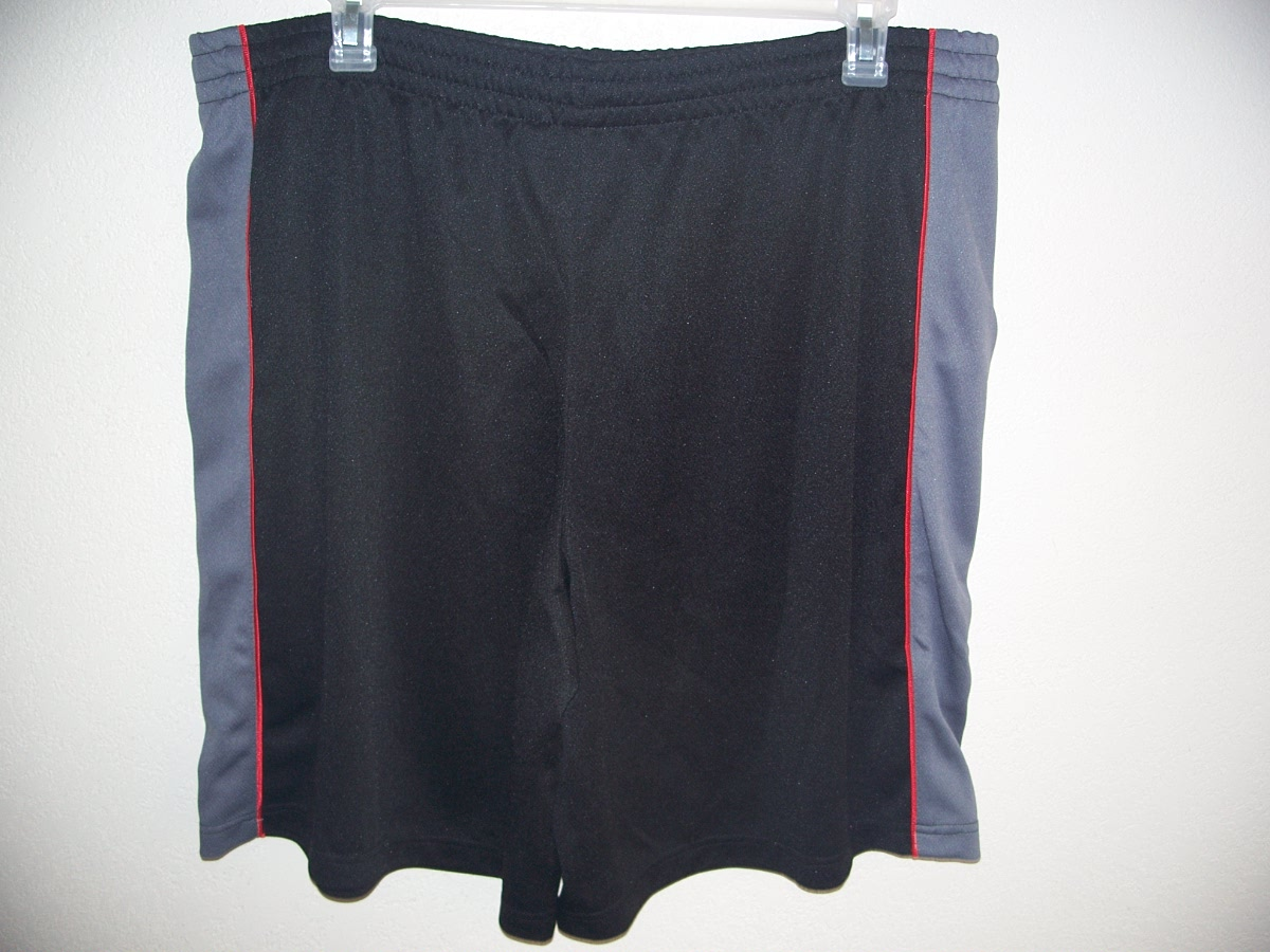 Open Trails Sz 2X -L Black,Gray,Red Shorts