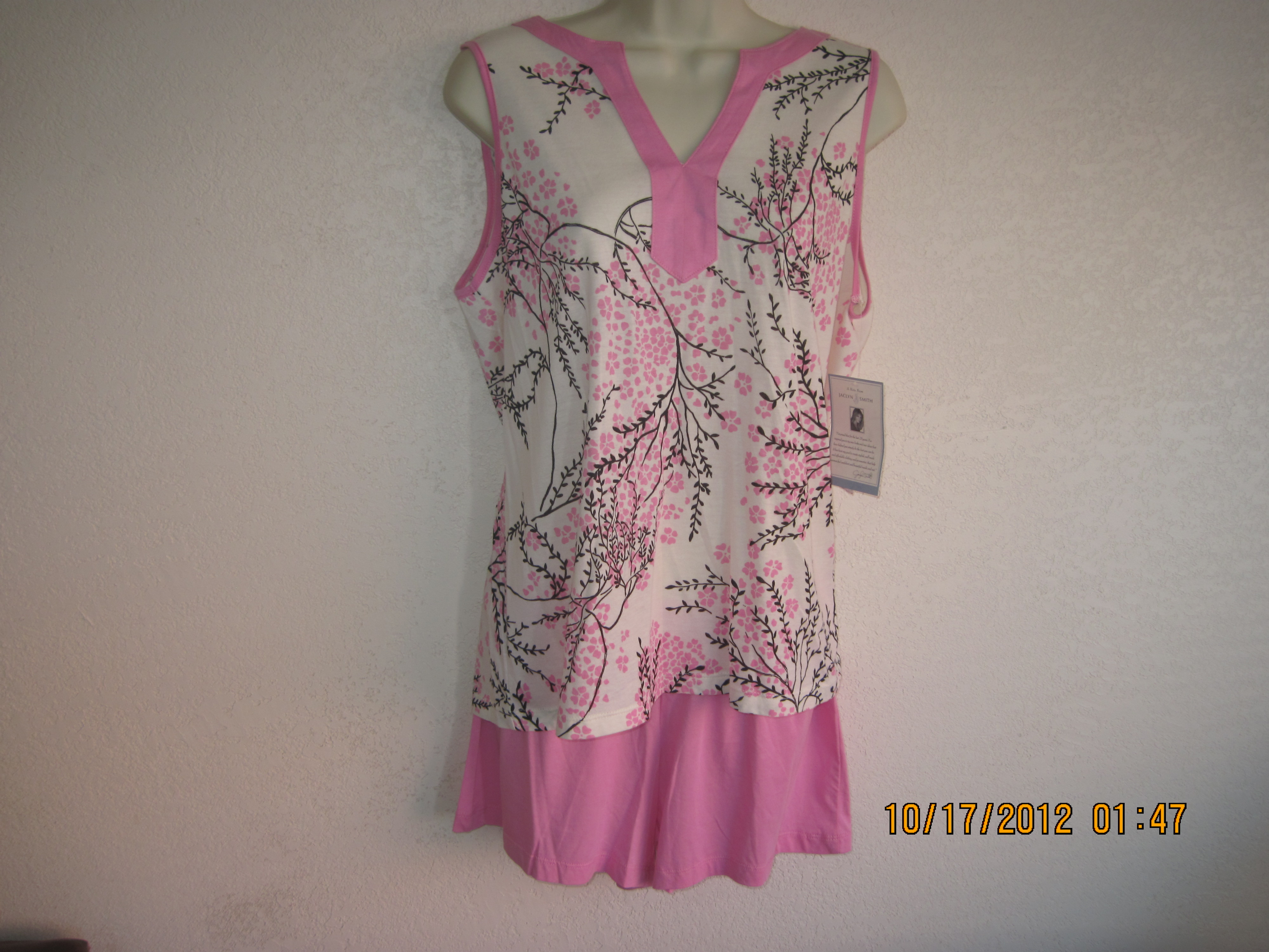 Jaclyn Smith SZ S Womens Caftan Pajama Short Set