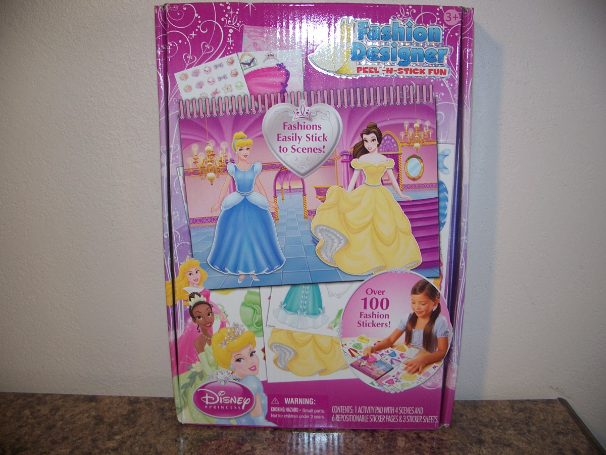Disney Princess Fashion Designer ( peel n stick fun)
