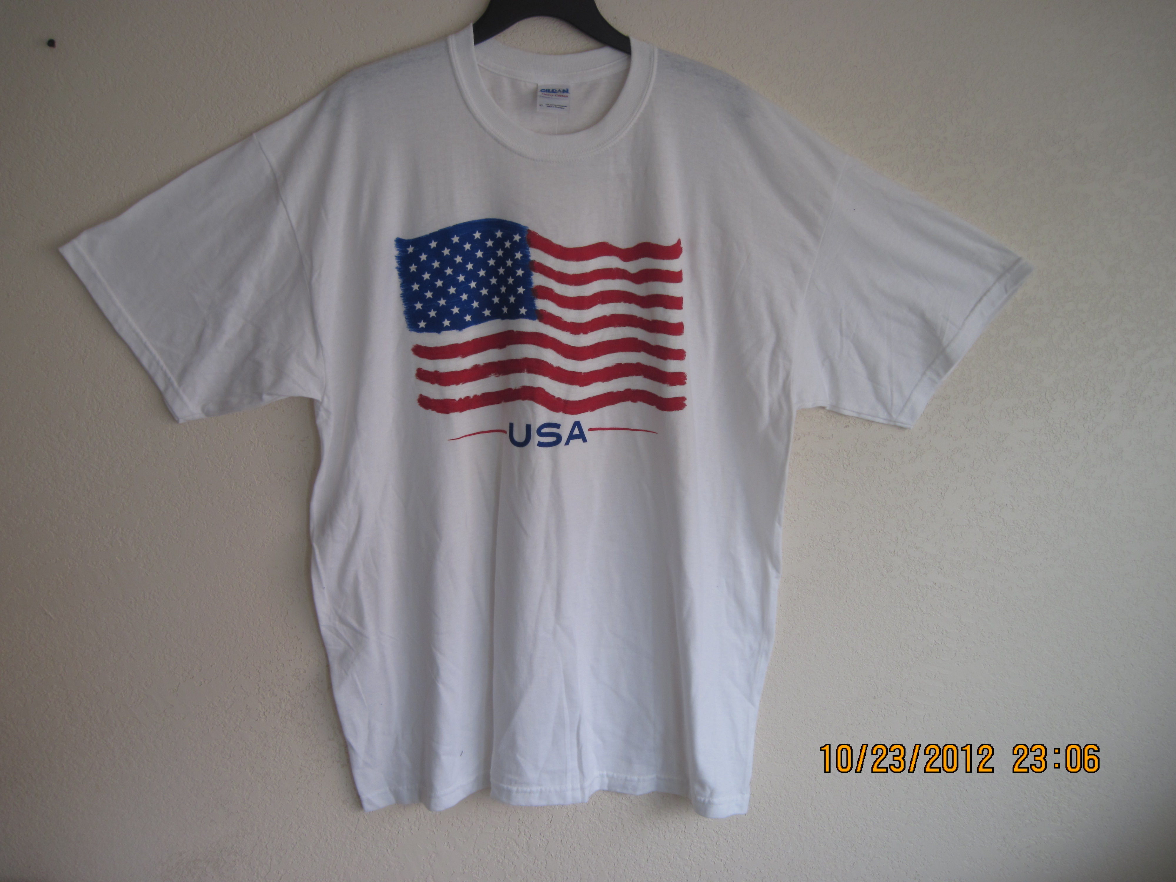 American Flag Sz XL American Flag on front Shirt White