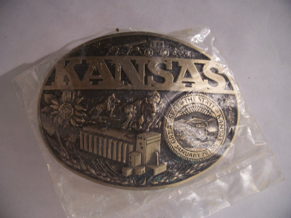 Vintage New Great Seal Of The State Of Kansas belt buckle.