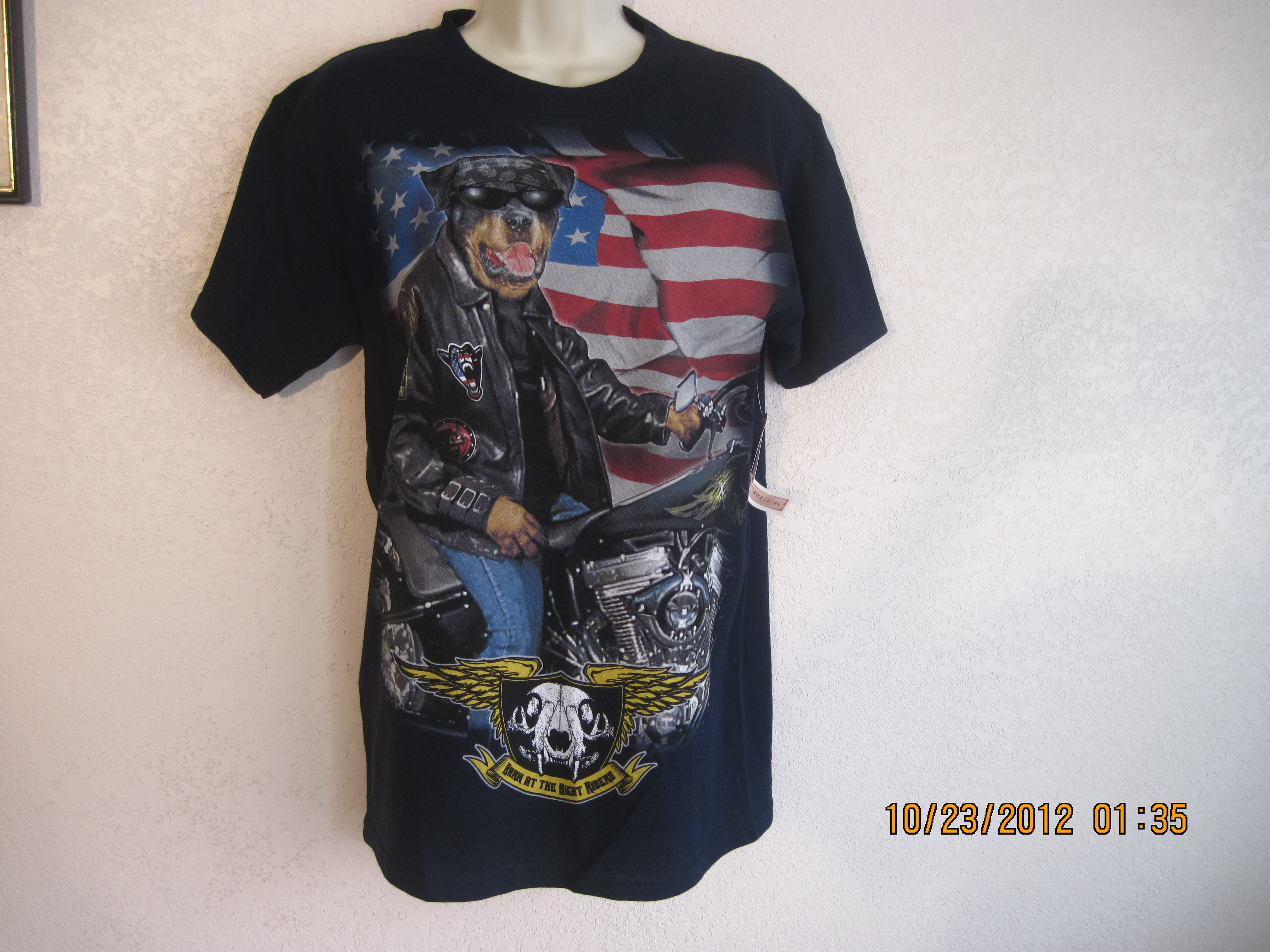 Hudson Creek Sz M T-Shirt Blue, Dog on Motorcycle with Flag