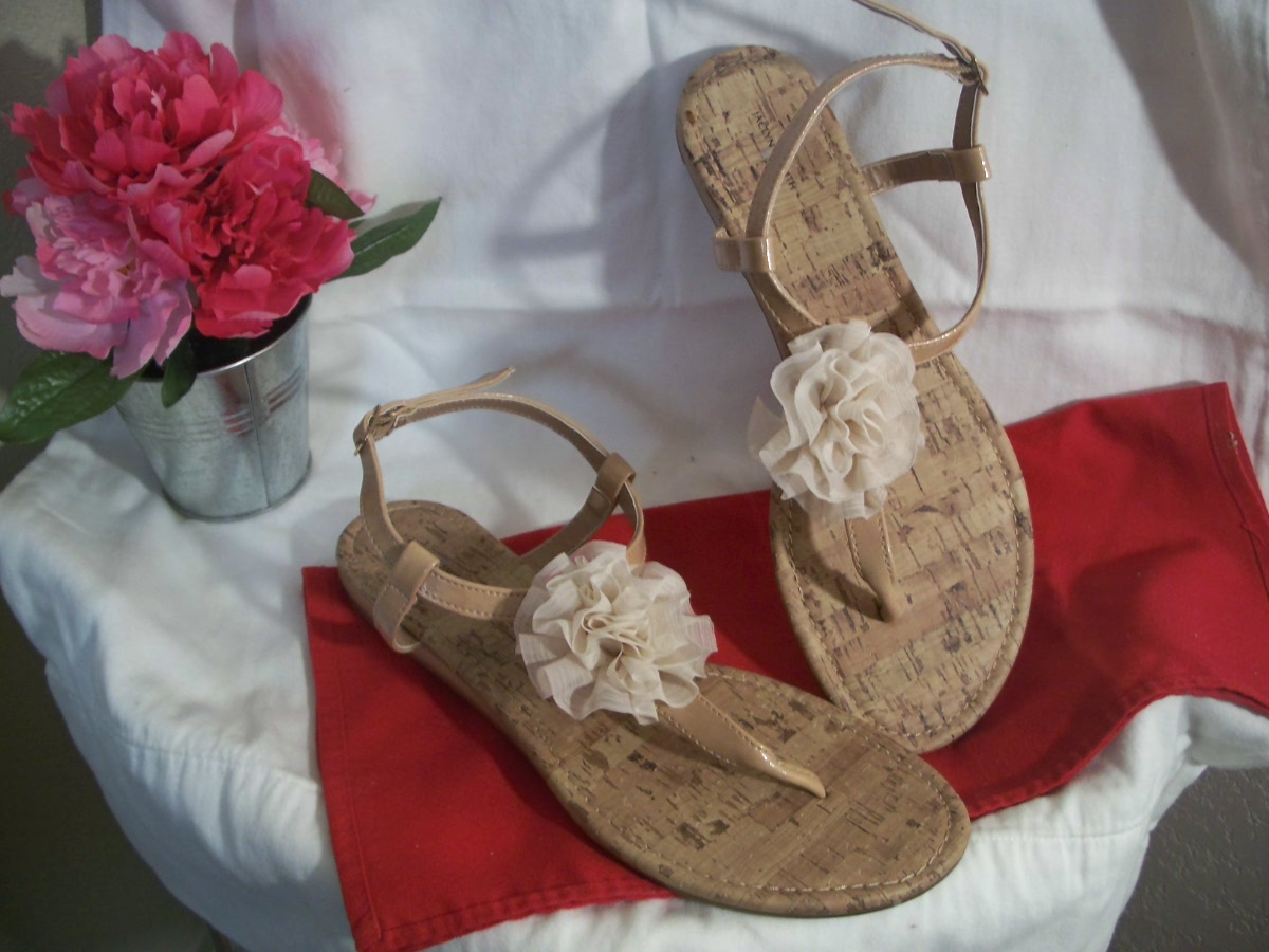 Jaclyn Smith Bertie Tan (11)