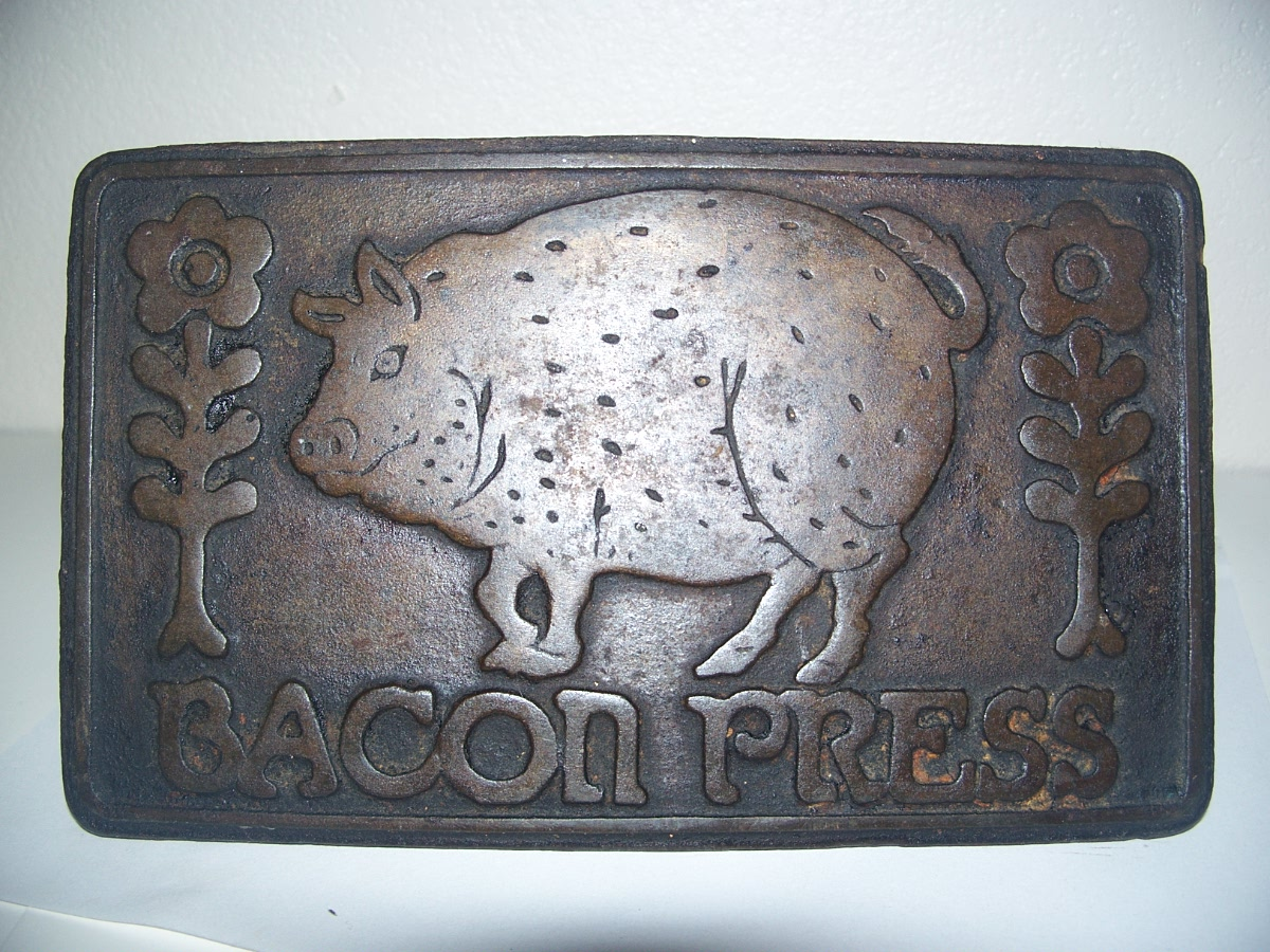 Bacon Press Pig and Flowers Wood Handle by TAYLOR & NG