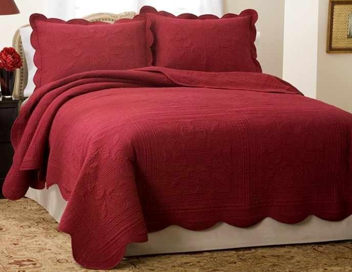 French Tile Full / Queen Quilt Red