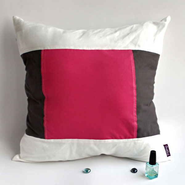 Onitiva [Sweet Lovers] Knitted Fabric Patch Pillow Cushion Floor