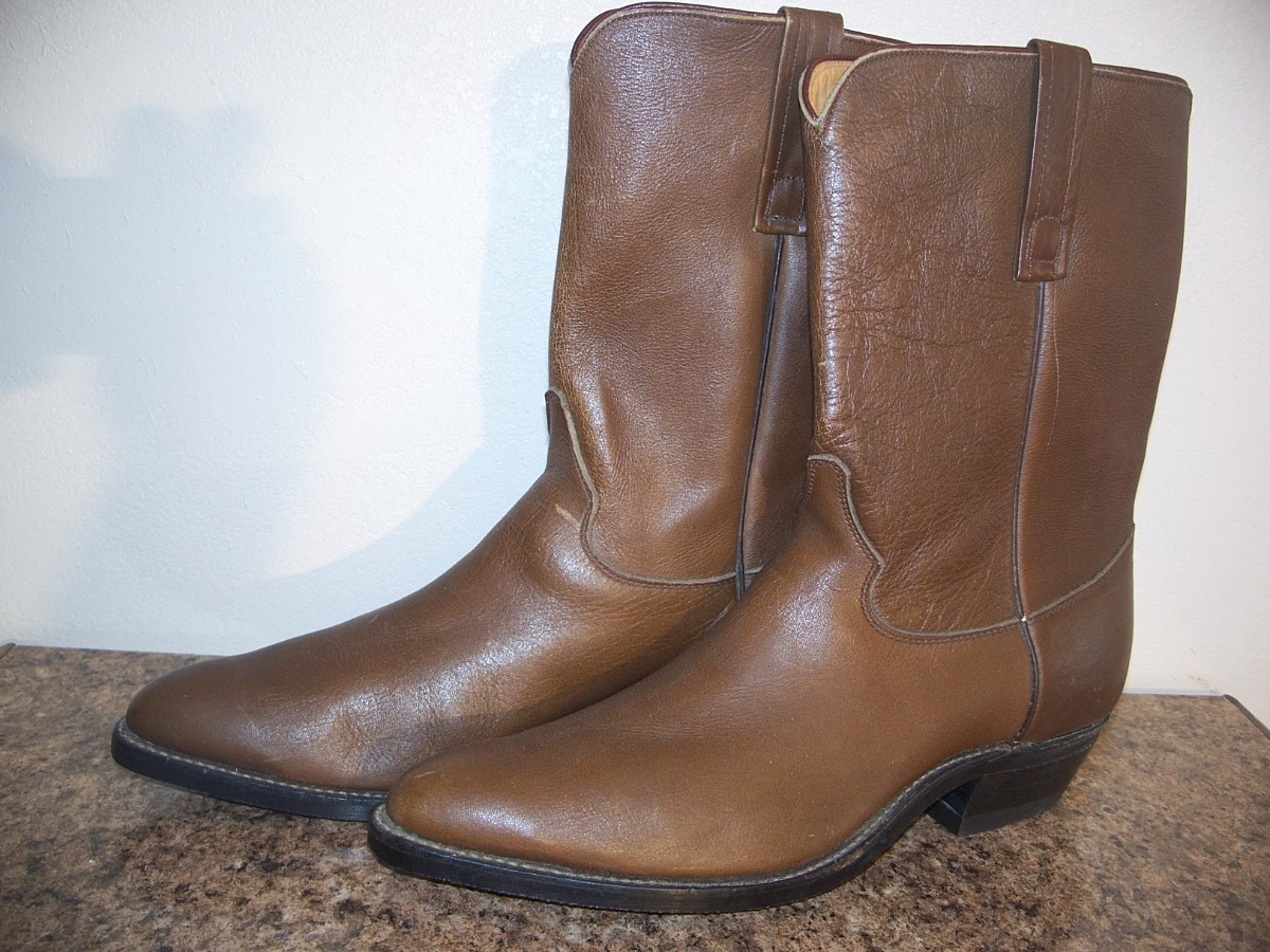 "Justin Boots 10 1/2"" tops Size 11 1/2 B"