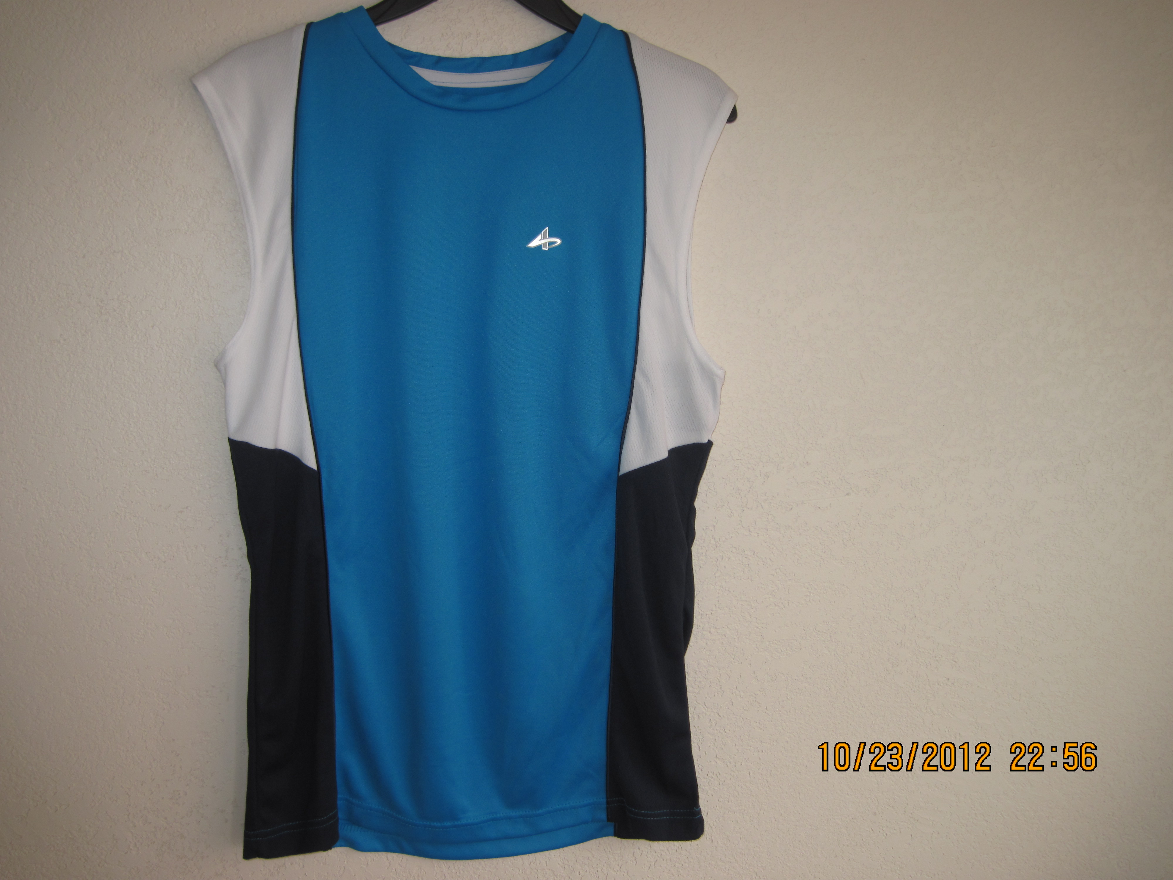 Athletech Sz M Blue with white & Navy Blue down the sides