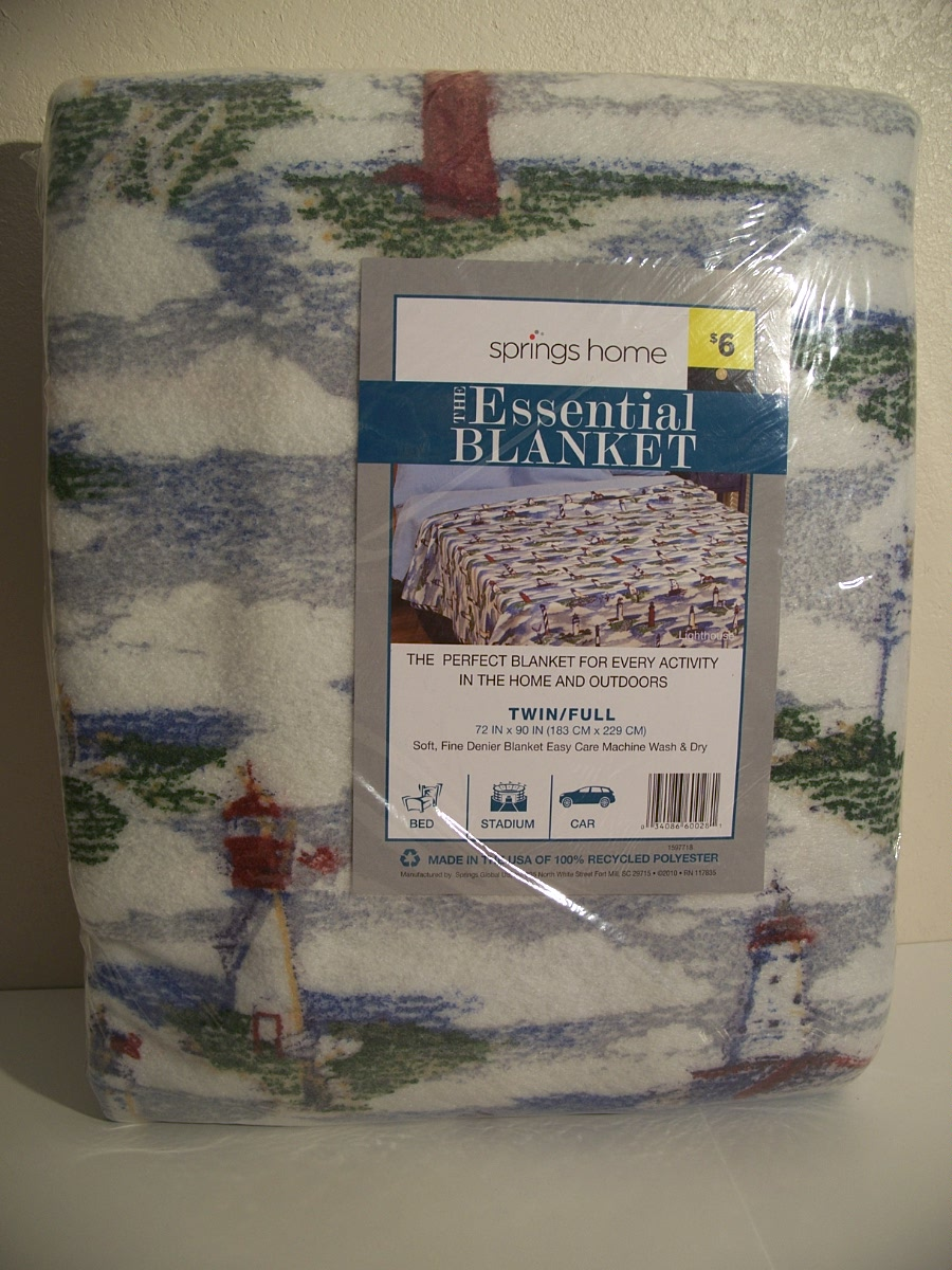 Springs Home The Essential Blanket Twin / Full Lighthouse
