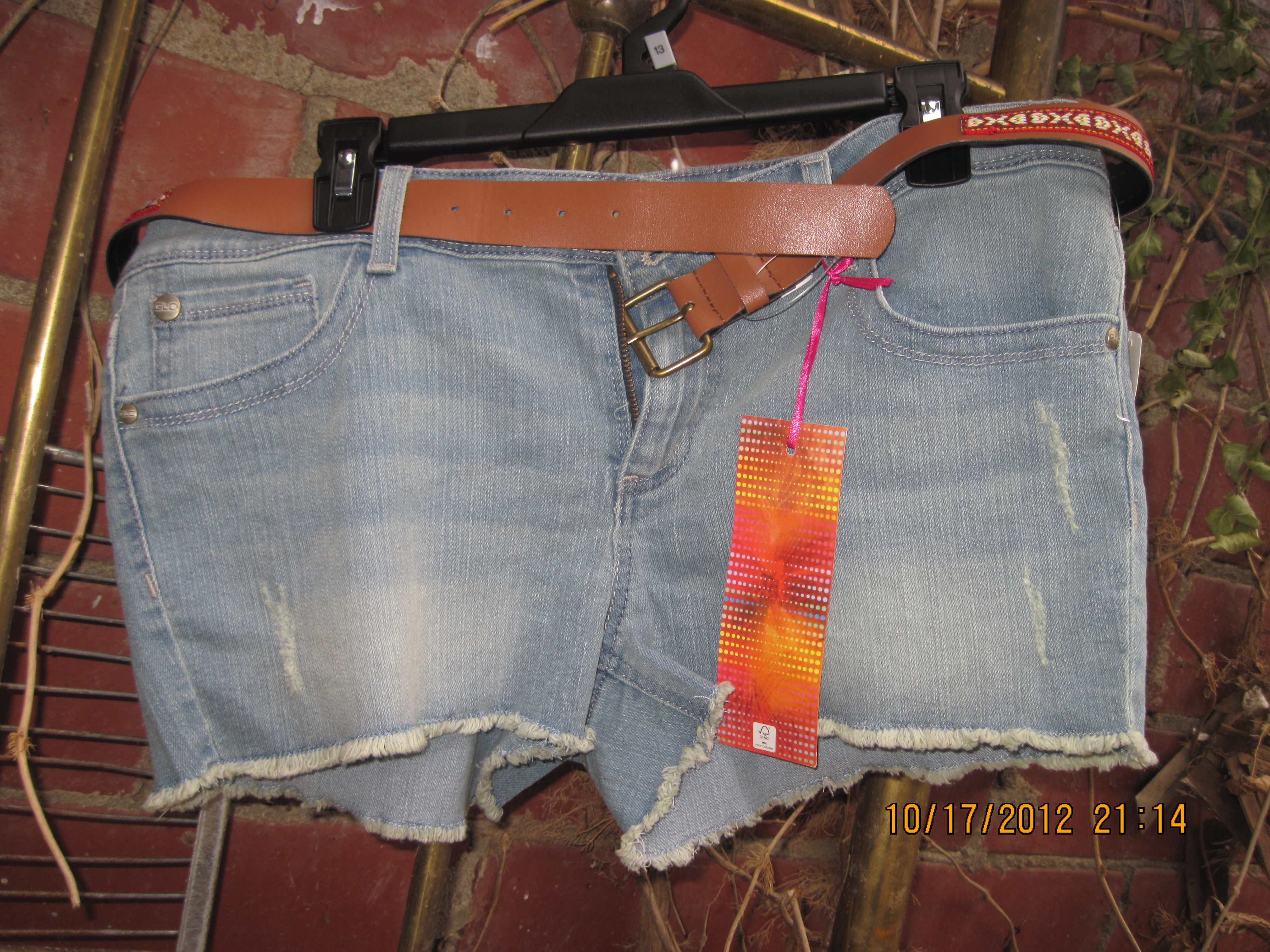 GLO Sz 3 Womens Juniors Carling Jean Shorts With Belt