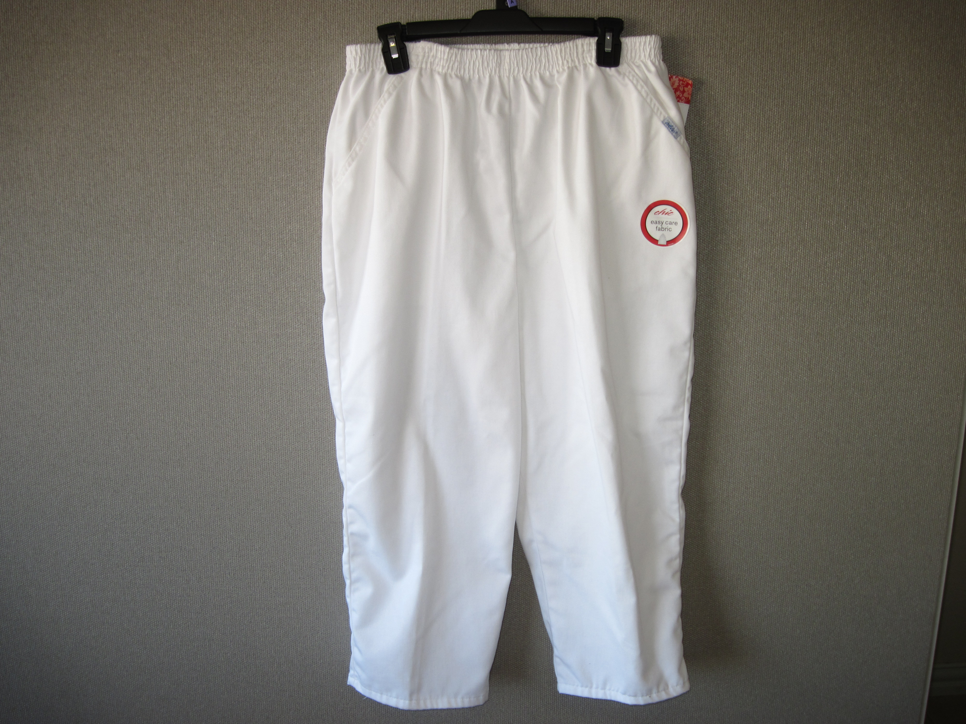 Chic Sz 14 AVG Misses Pants (White)