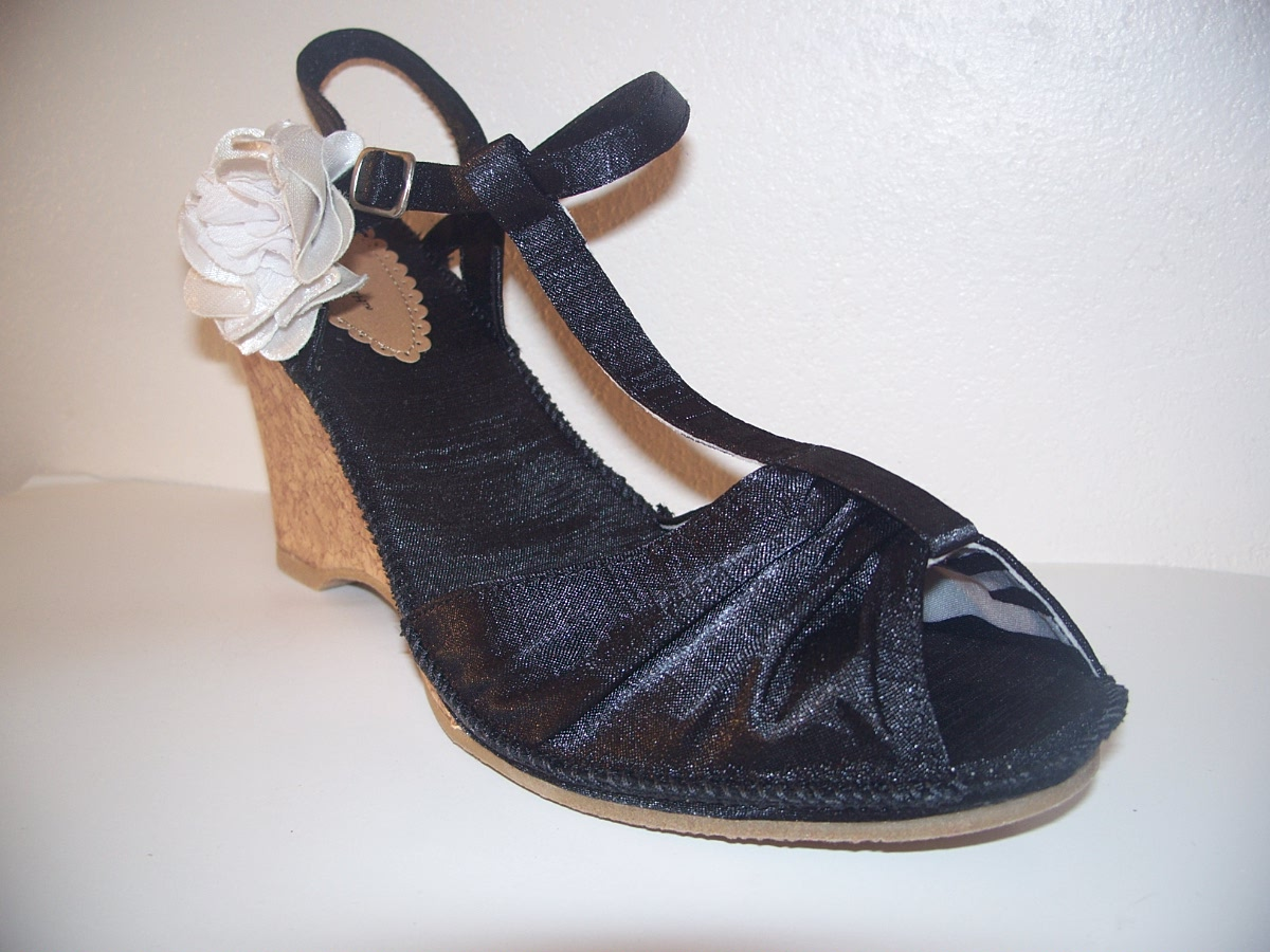 JACLYN SMITH WOMENS HILARY DRESS WEDGE SANDALS Strappy Black