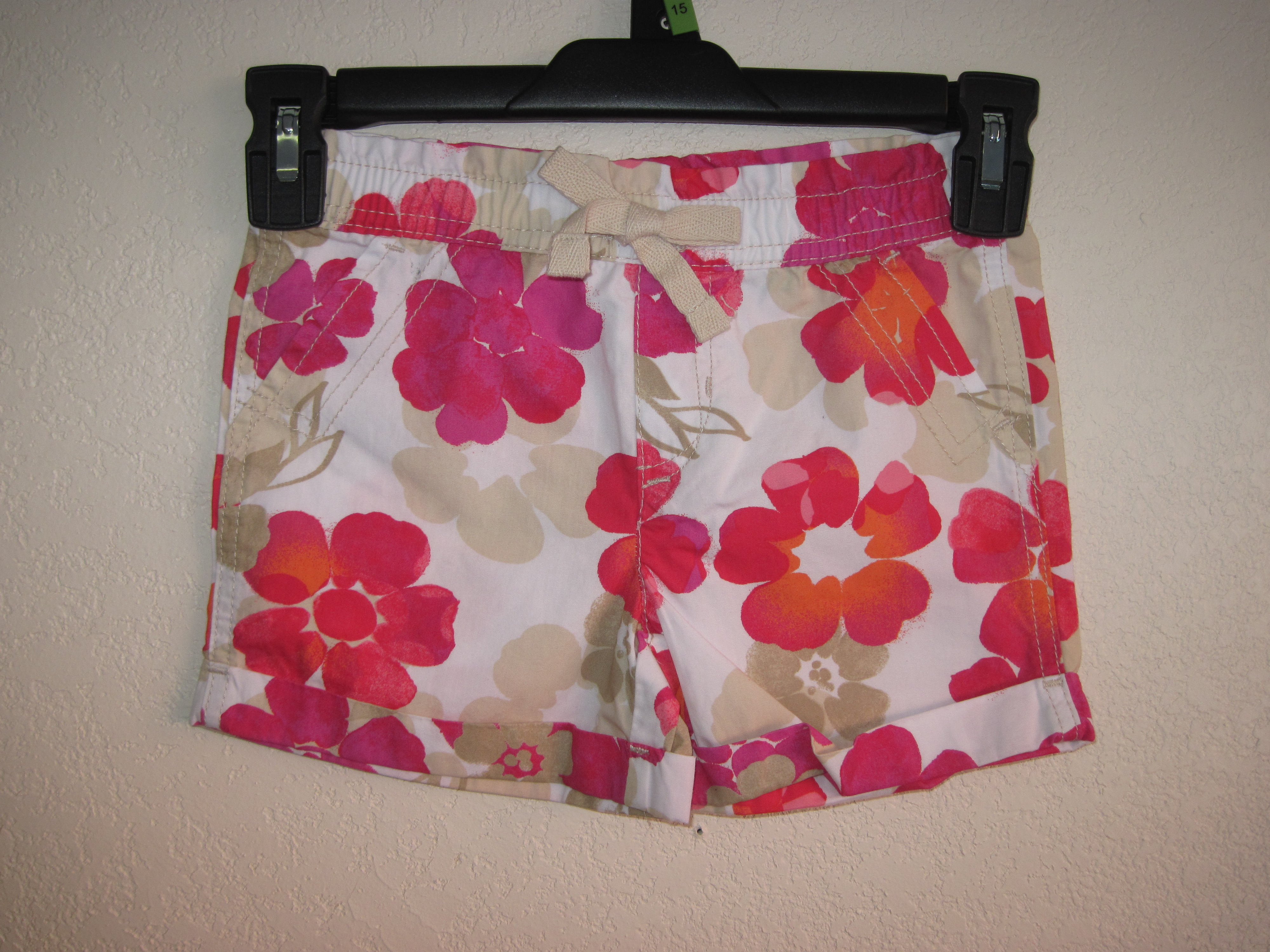 Basic Editions Sz XS 4/5 Flower Print Shorts (pink)