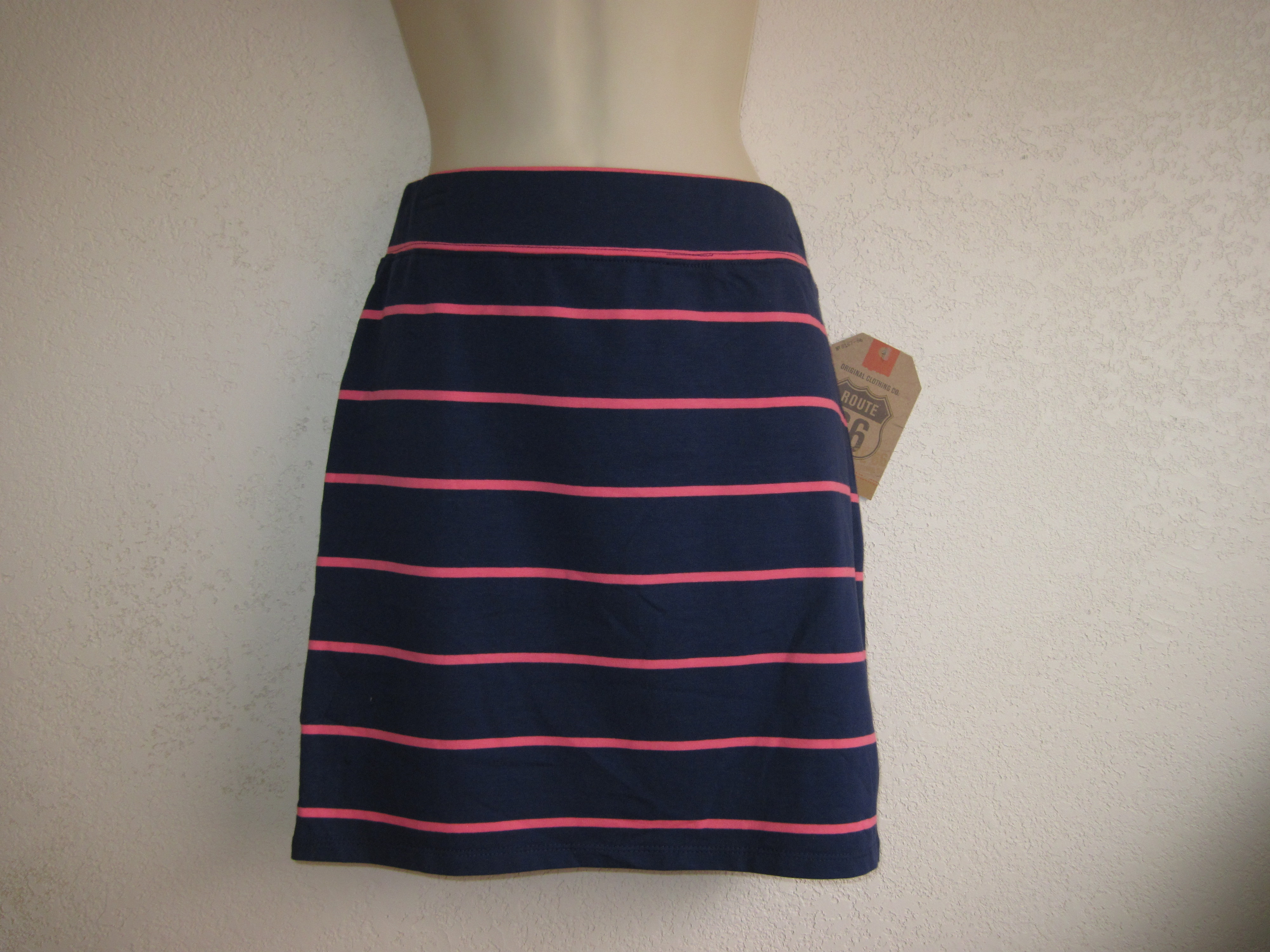 Route 66 Sz Small Knit Skirt (dark purple with pink stripes)