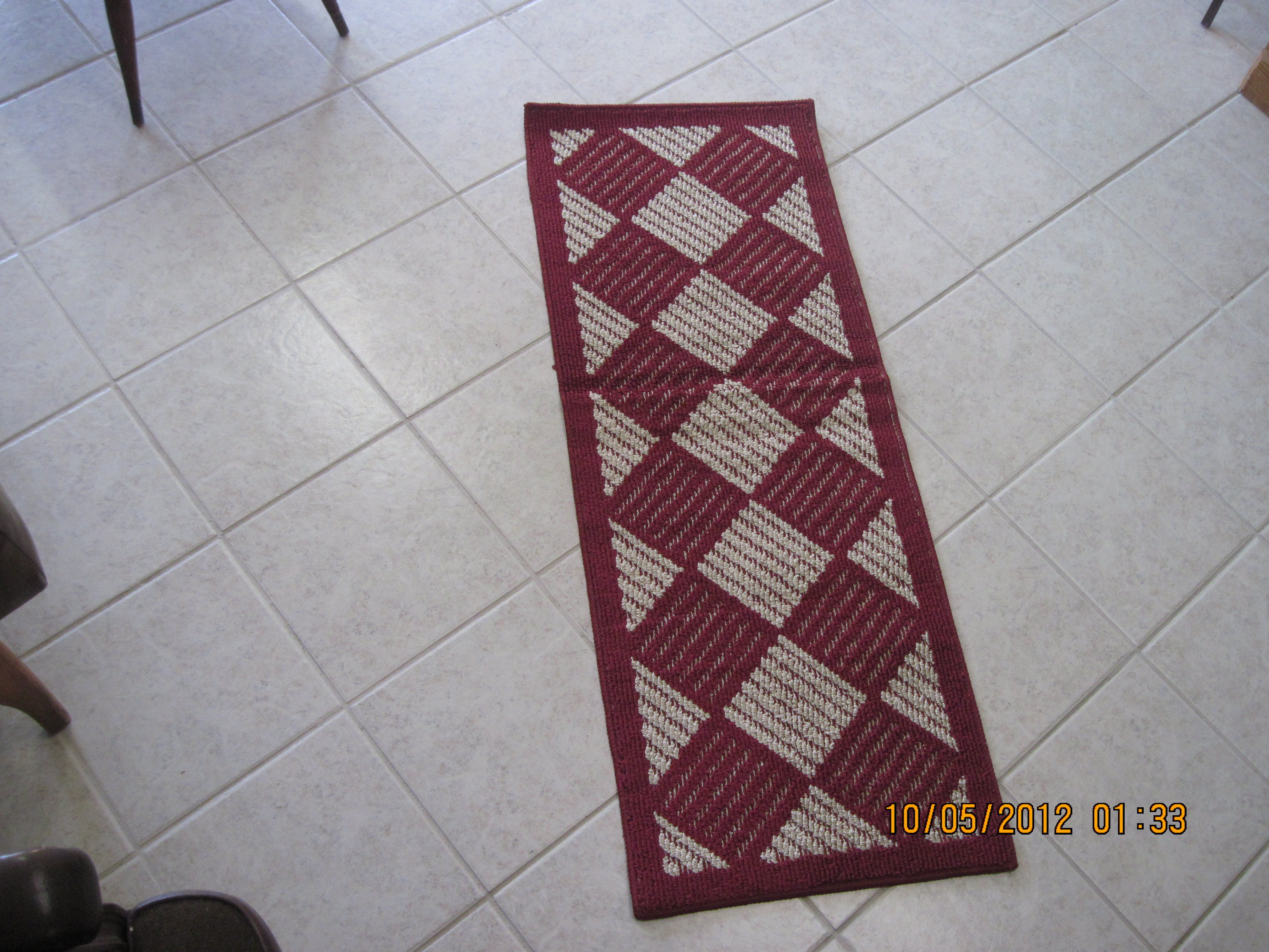 Trueliving Accent Runner (red & tan)