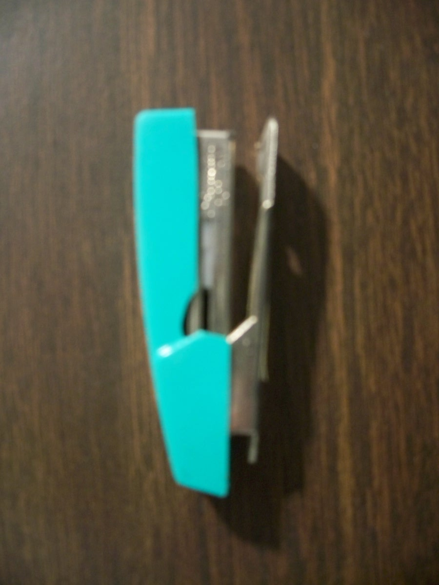 Swingline Sea Foam Green Mini Stapler
