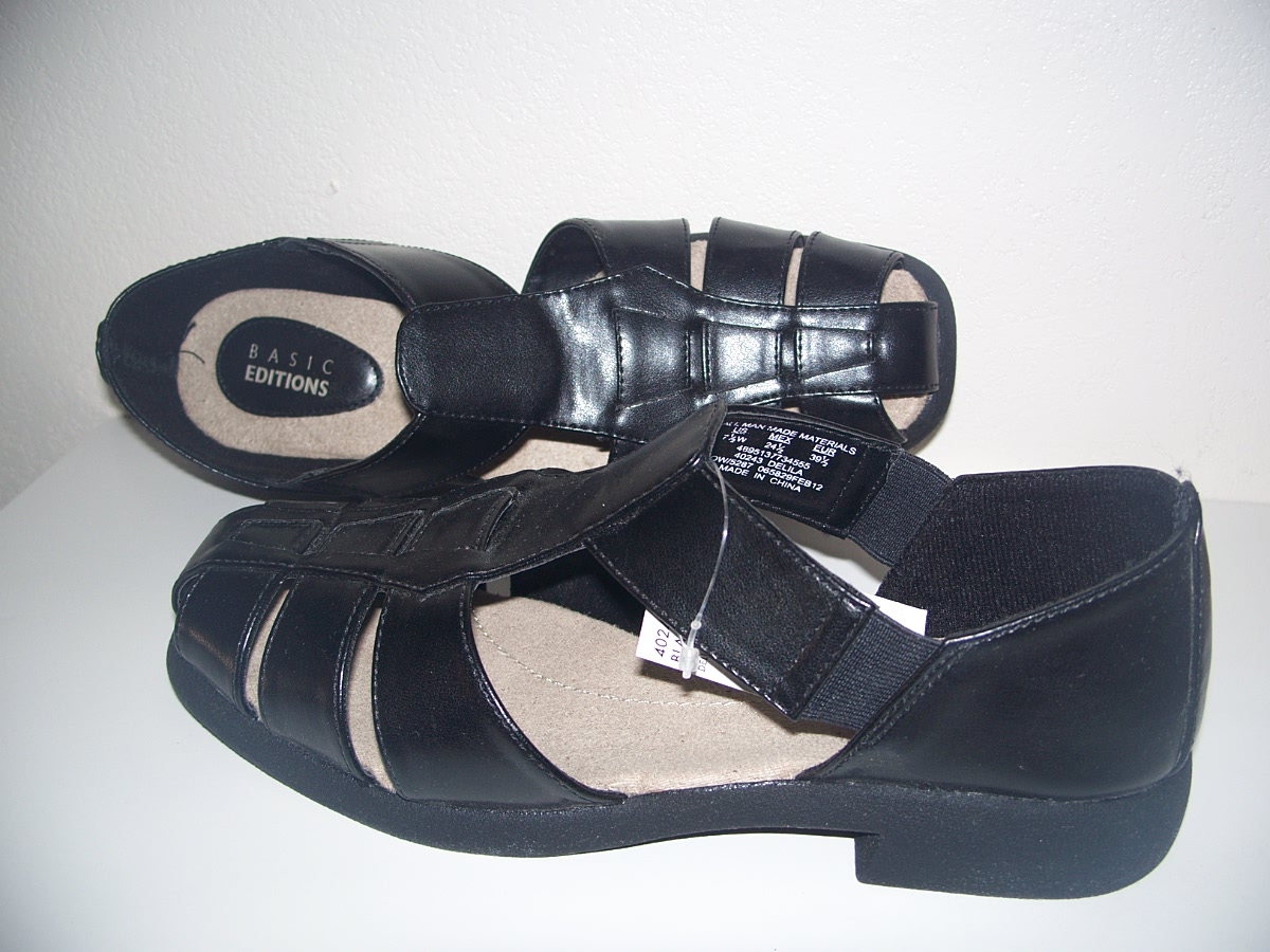 Basic Editions Womens Delila Deonna Black Sandal 7 1/2 Wide