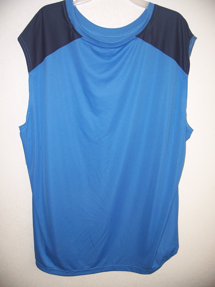 Open Trail Sz -L Light Blue Sleeveless Shirt