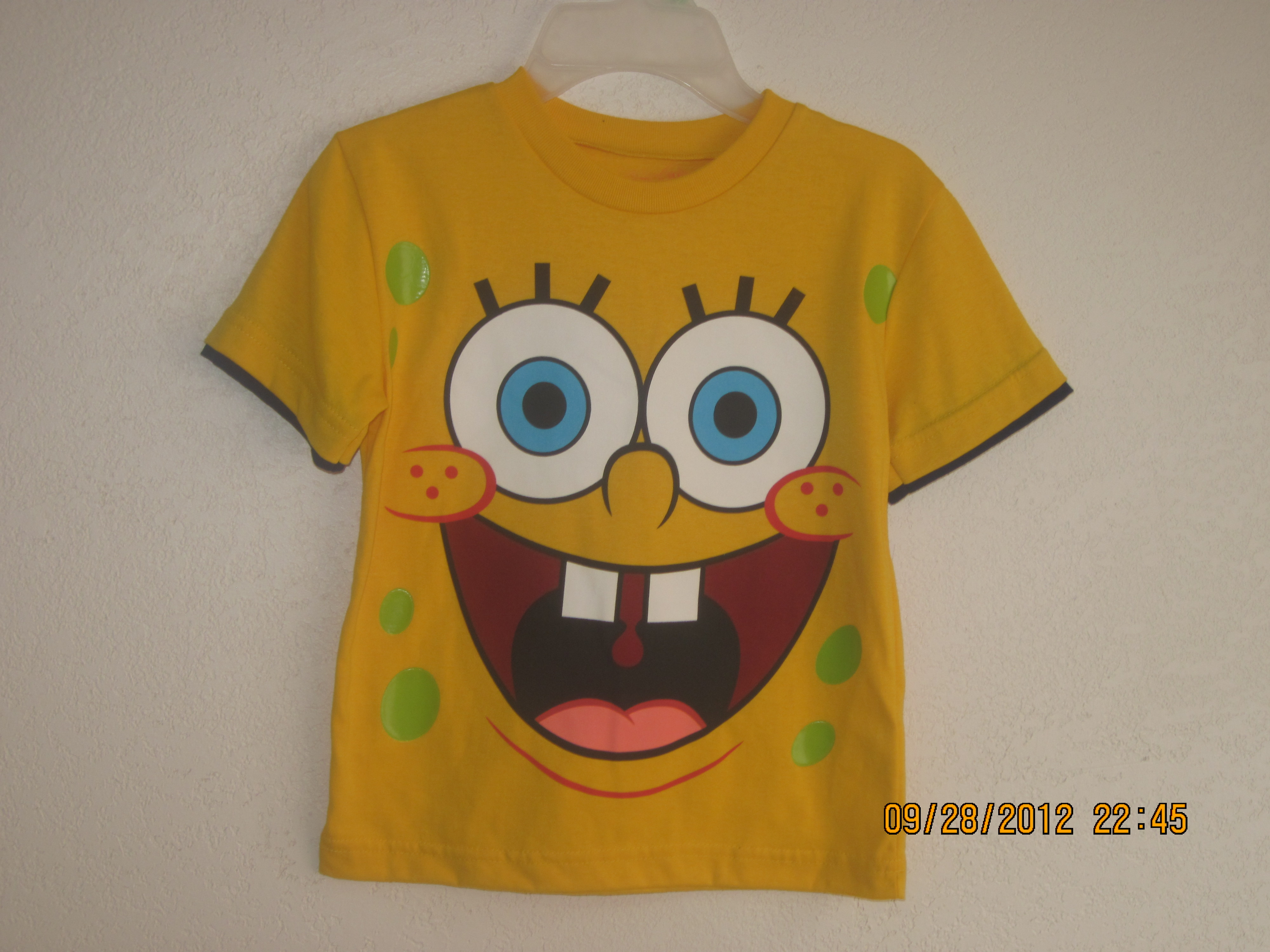 Spongebob T-Shirt Sz M 5/6 (Yellow)