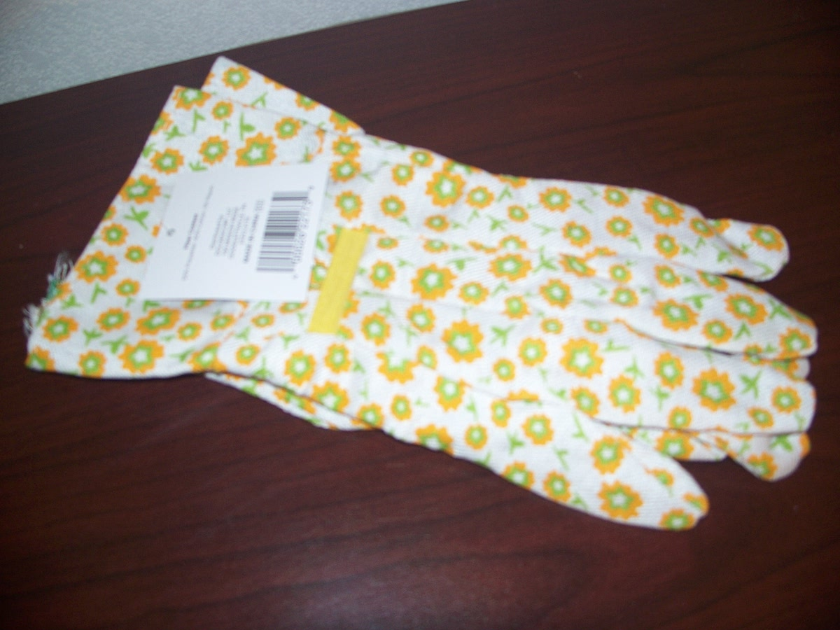 Yellow print Garden Gloves