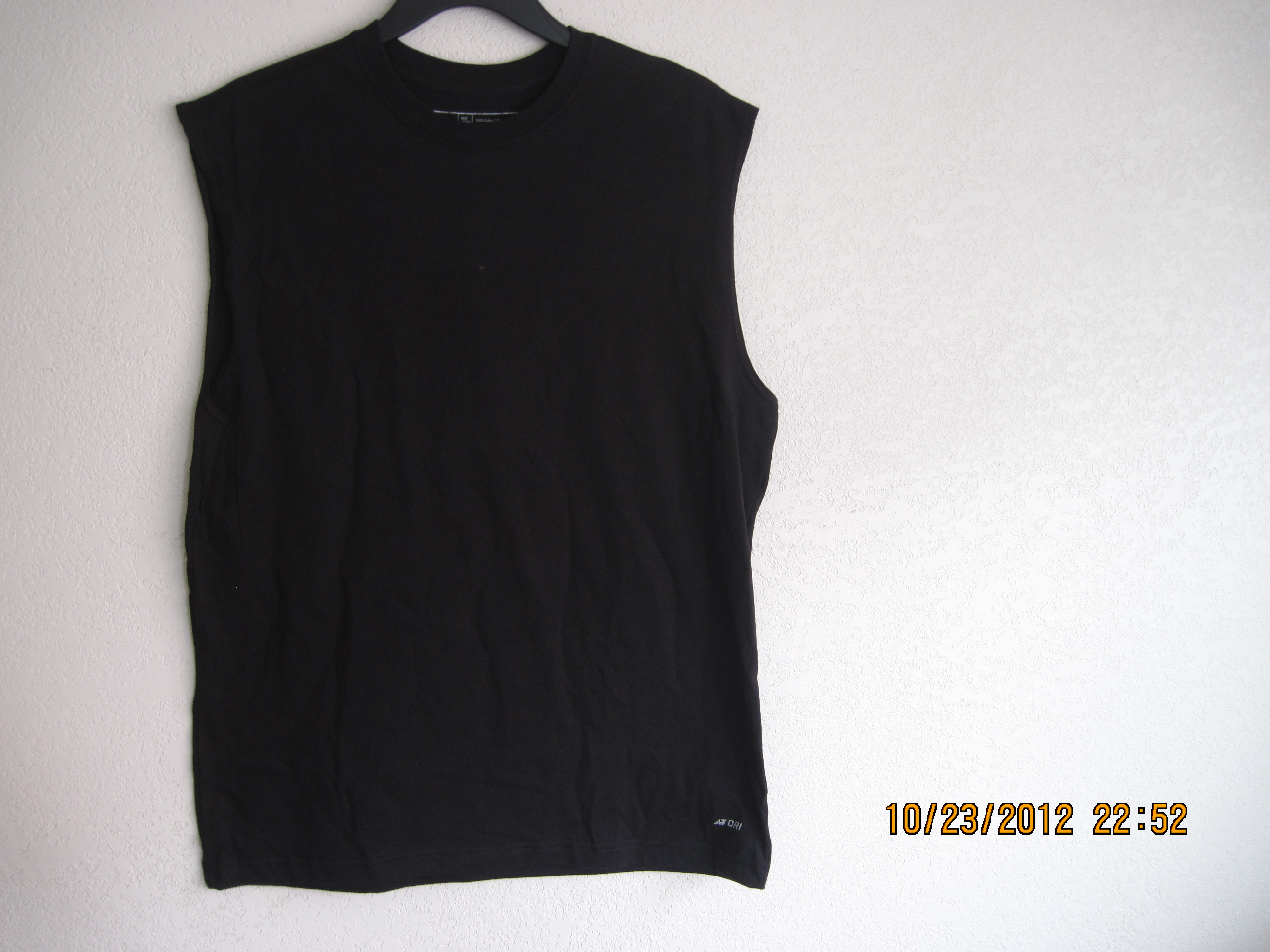 Athletech Sz S Mens T-Shirt Sleeveless Black