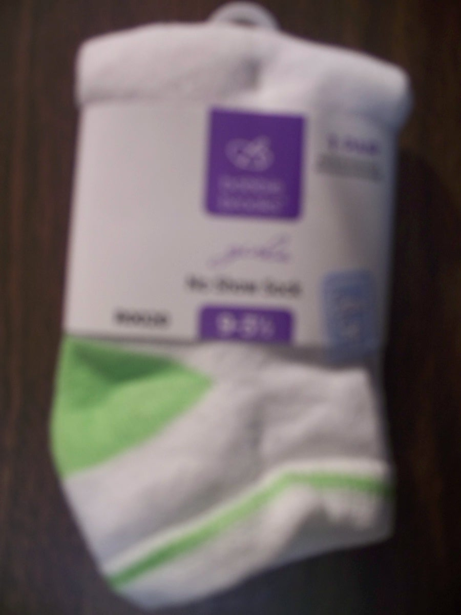 Bobbie Brooks Girls No Show Sock (White with Green)